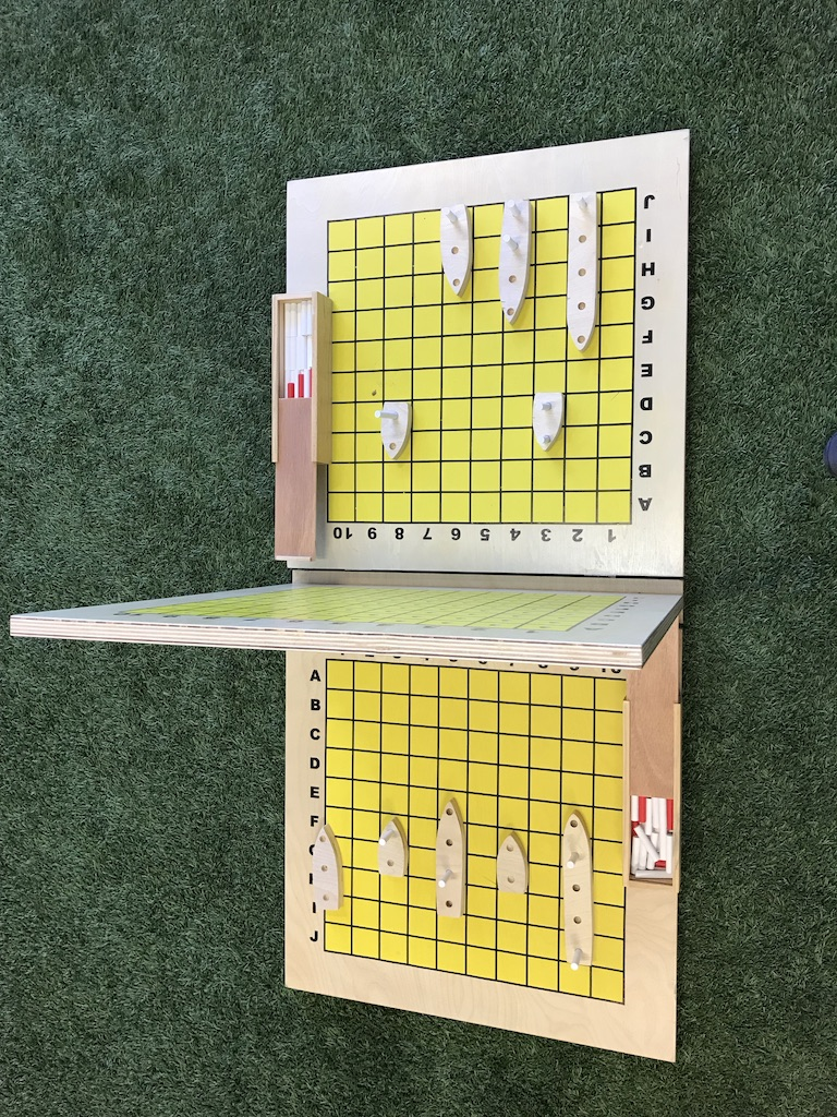 Wooden Giant Ships Game w/Carry Bag
